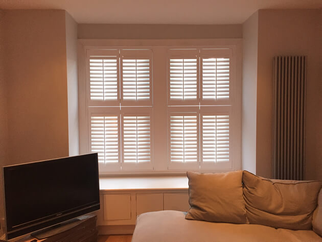 tier on tier shutters livingroom