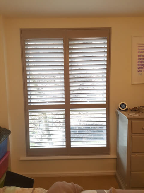 ealing flat bedroom shutters