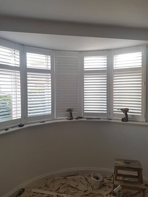 bay window shutters complete