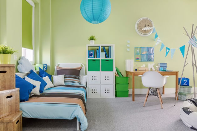 childs room green walls
