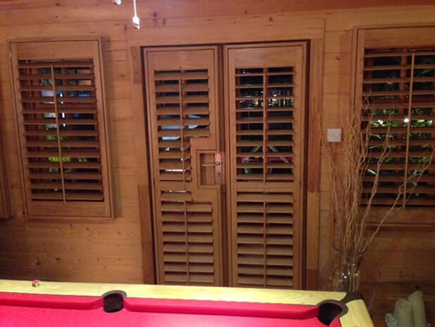 oak stain shutters