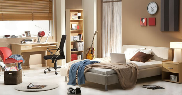 teens room with brown theme