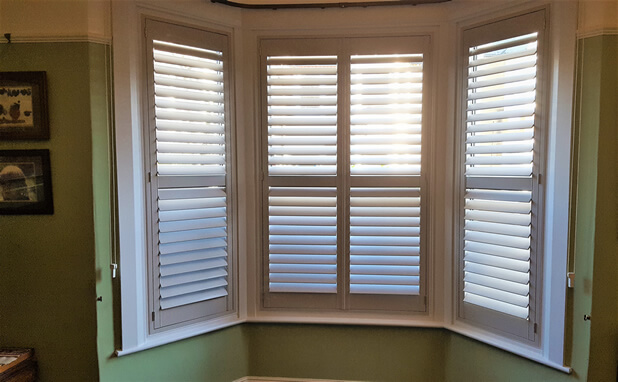 brentwood bay shutters green wall