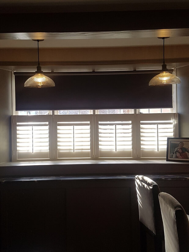 cafe style shutters breakfast bar