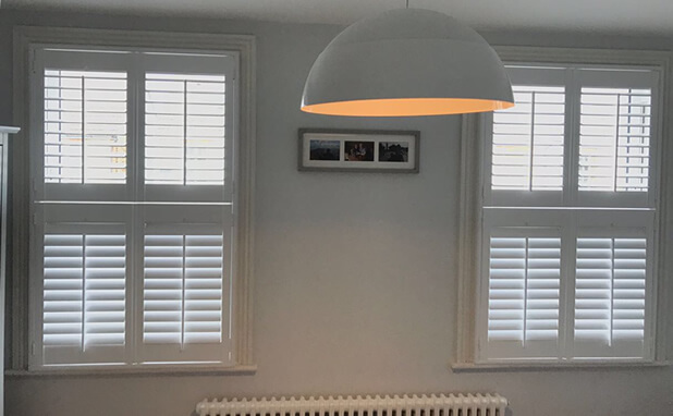 welling bedroom shutters