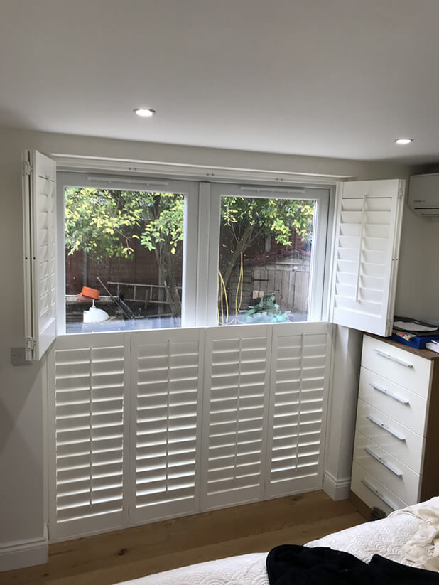 farnborough bedroom shutters open