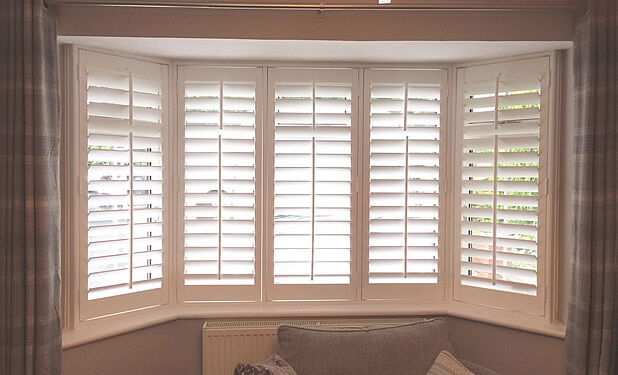 bay window shutters beckenham