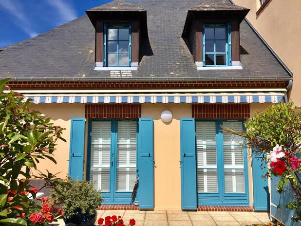 shutters honfleur france 8