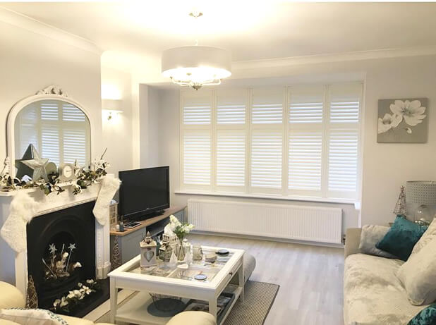 living room bay window shutters oxted surrey 2