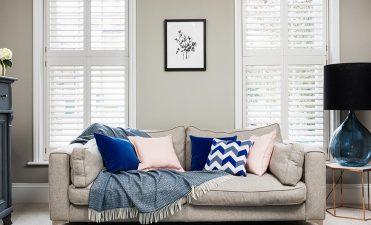Do wooden window shutters keep a room warm?
